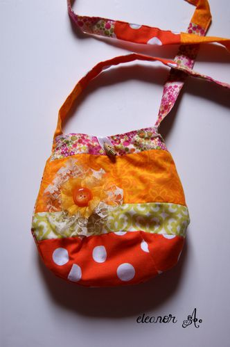 Mini-sac-enfant-orange-01.jpg