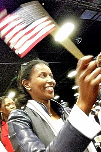 Ayaan-Hirsi-Ali-becomes-US-Citizen-4-25-13.jpg