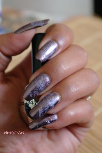 Stamping chrome sur Layla Mirror Effect 1