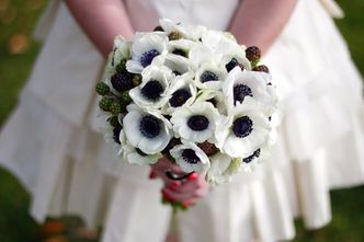 anemone-berrie-wedding-bouquet.jpg
