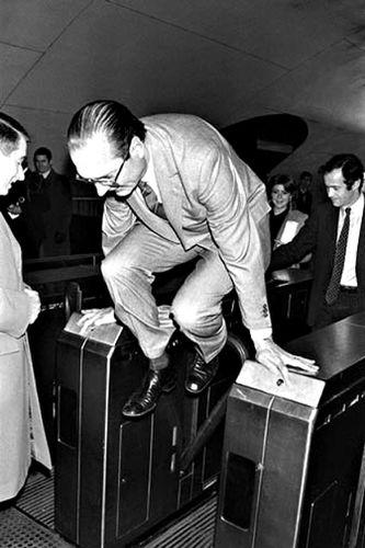 10.01.14.-Chirac-metro.jpg