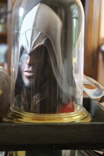 Table-Assassins-creed 3794