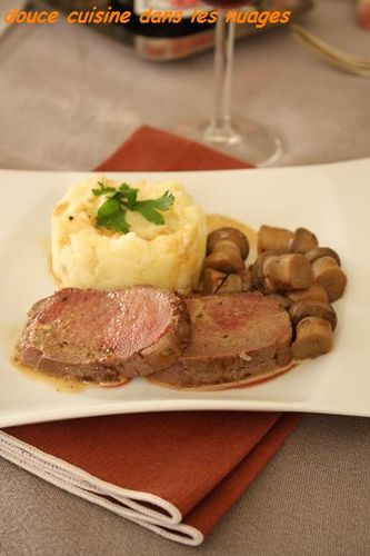 filet-de-biche-et-puree-de-blue-belle.JPG