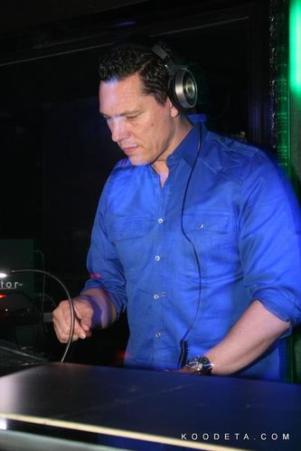 Tiësto at Glow, Josephine Washington DC 26.03 (8)