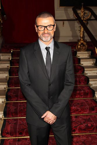George-Michael-George-Michael-Press-Conference-DIAzL5hpa5El.jpg