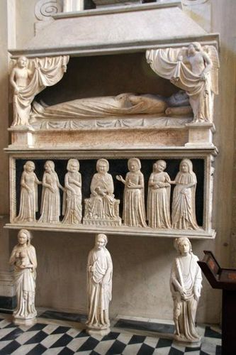 511e Naples, Santa Chiara, sépulcre de Marie de Valois