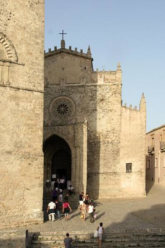 583b2 Erice, la cathédrale