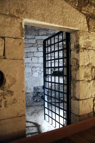 631j1 Barletta, le château souabe
