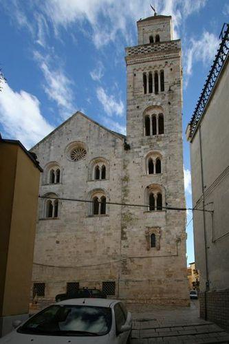 654b3 Acquaviva delle Fonti, cattedrale