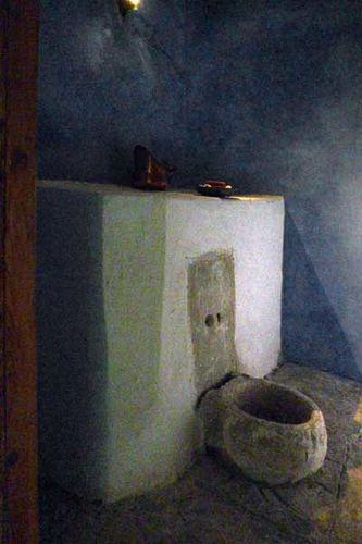 841f7 sanitaires dans la maison de Mohamed Ali à Kavala
