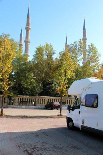 855h Edirne, parking camping-car face à Selimiye