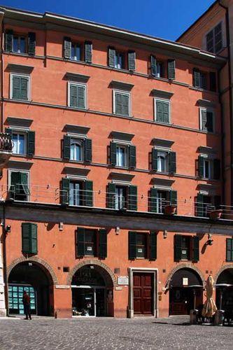 910c6a Ancona, casa di Domenico Schelini e di Albina Sartin