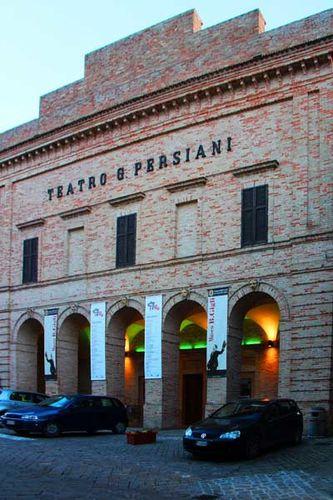 917a1 Recanati, le théâtre Persiani