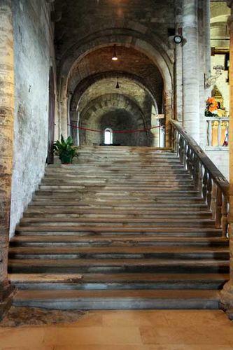 928d1 San Leo (Romagne), cathédrale