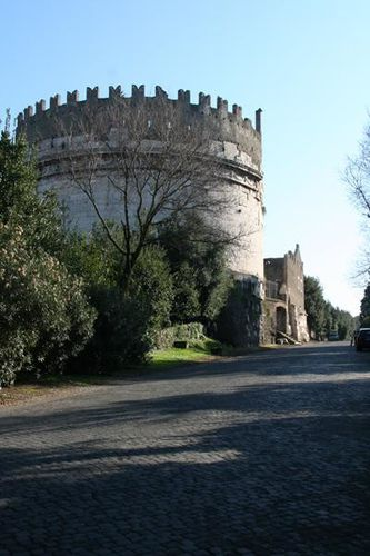 374a Rome, mausolée de Cecilia Metella