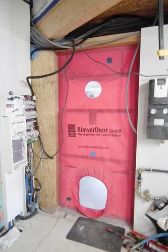 blow test door