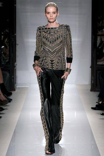 Pantalon-noir-et-dorures-BALMAIN.jpg
