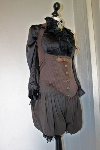 bloomer steampunk 2