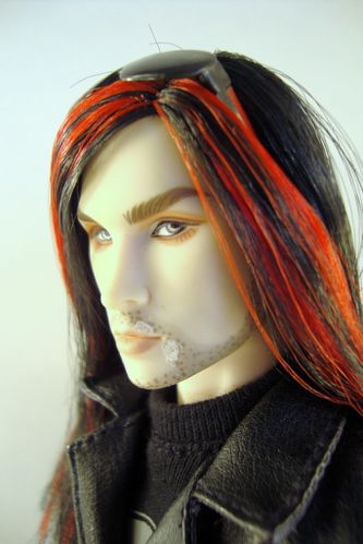 2010 Acheron Dark-Hunter Doll No-03-01535-002-3