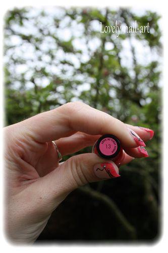 nail-art-corset-pin-up-7.jpg