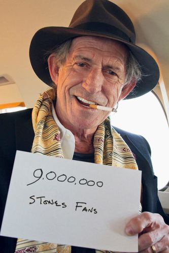 1352420864-keith-richards-on-facebook