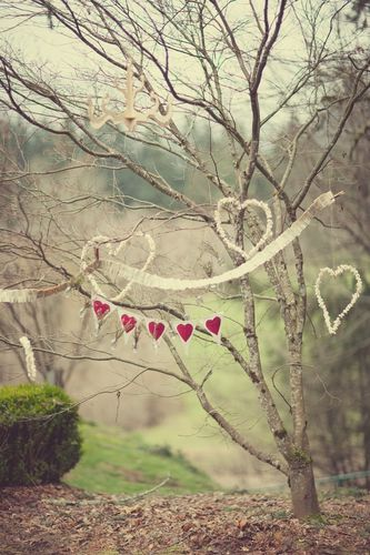 Wedding-styling-heart-garland-bunting-tkb-7.jpg