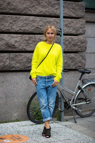 Stockholm streetstyle neon jumper