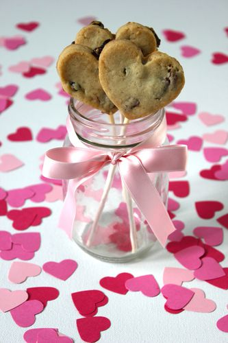 valentines-cookie-pops.jpg