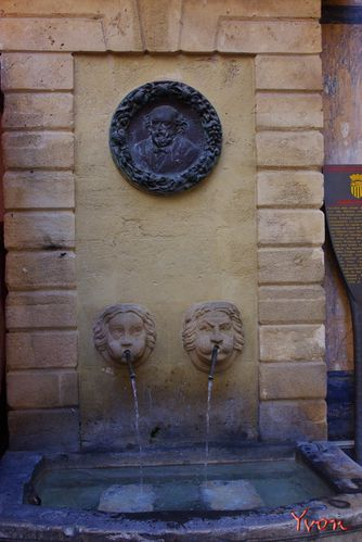 Aix - Fontaines 10