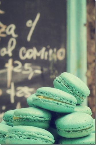Buenos-Aires-Pastry-Macarons-500x748.jpg