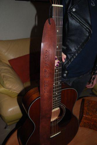 Sangle-guitare-0010.JPG