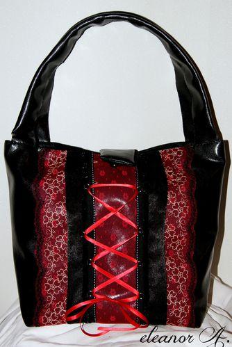 Sac-gothique-sac-romantique-sac-noir-simili-cuir-dentelle-r.jpg