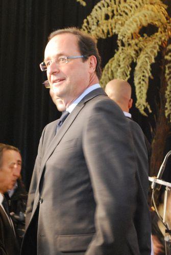 FCPEDebatPresidentielles2012--Hollande.jpg