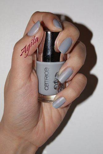 Ultimate-Nail-Lacquer-Limited-Edition--4-.JPG