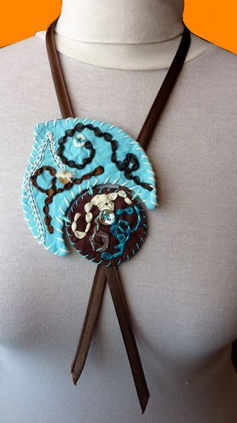 Collier textile turquoise (1)