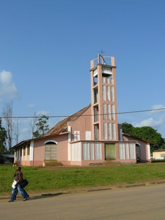 mossendjo-eglise-clocher