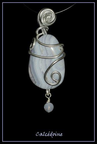 Calcédoine -5- & sa perle