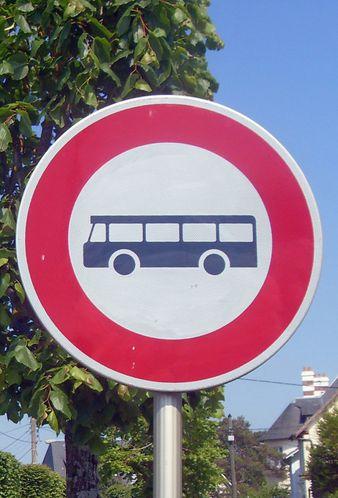 panneau-interdit-bus.jpg