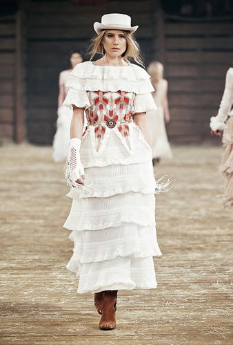 91-defile-chanel-metiers-d-art-paris-dallas-2013-2014.jpg