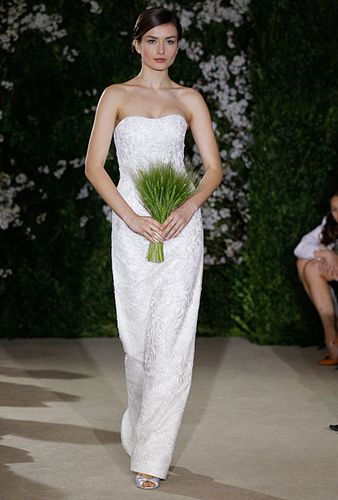 Spring-2012-Wedding-Dress-by-Carolina-Herrera-Photos-12.jpg