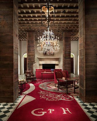Gramercy-Park-hotel-lobby.jpg