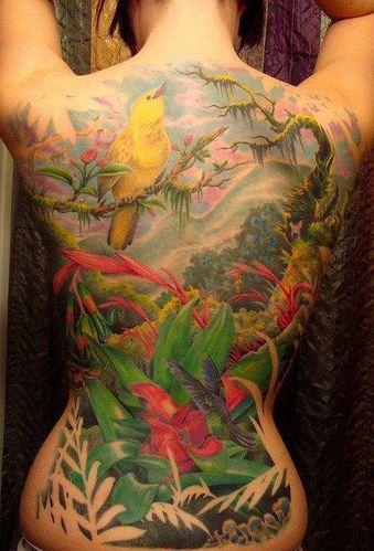 Dos-tatoue--.jpg