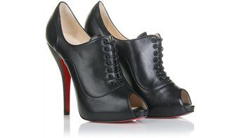 lady derbie louboutin