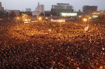 manifestants-place-Tahrir-Egypte-copie-3.jpg