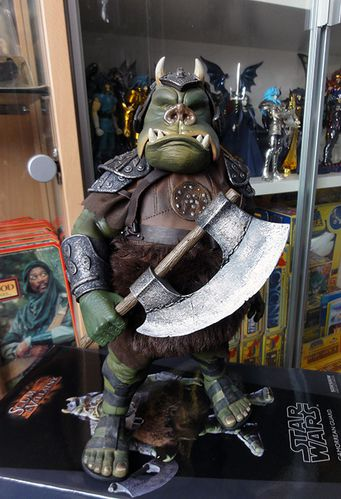 GAMORREAN GUARD SIDESHOW SW 11