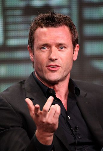 Jason-Omara-at-TCA-2011.jpg