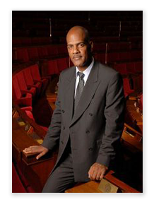 Serge-Letchimy--Photo-Serge-Letchimy--Depute-Maire-de-Fort-.png