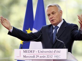 Jean-Marc-Ayrault-cout-du-travail-MEDEF.JPG