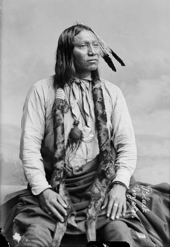Black-Coyote-Claw-Necklace-Arapaho-1891
