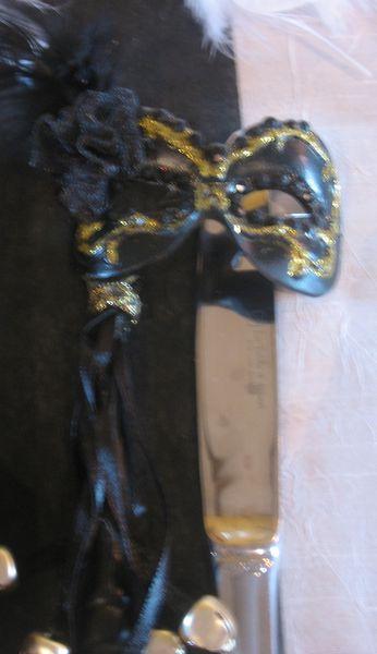 table noir et blanc- plumes et esprit baroque 007